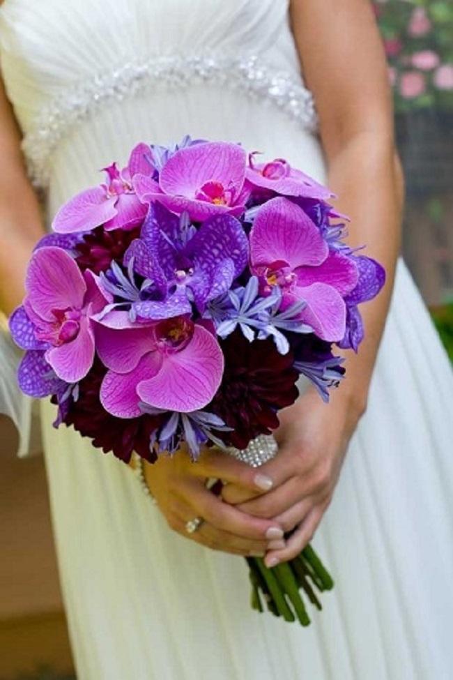 Роз подснежники, букет невесты фиолетовый сиреневом цвете фото
