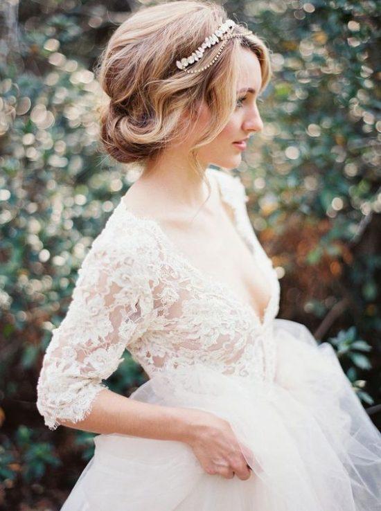 свадебная прическа с диадемой