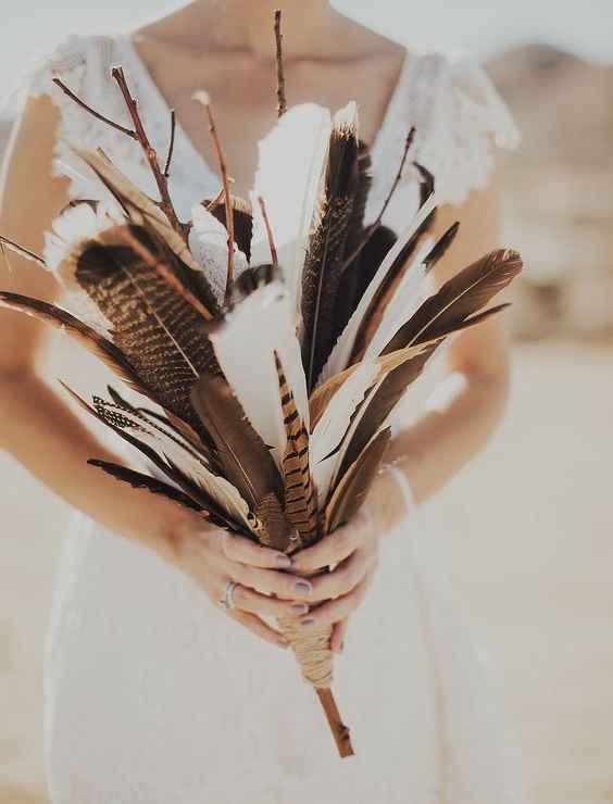 свадебный букет с перьями