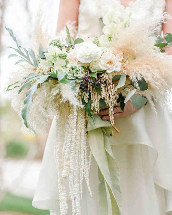Свадебные букеты 2020: травяные букеты для Невесты