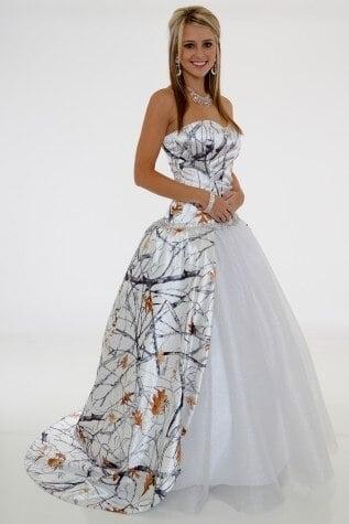 Свадебные платья Snow Camo